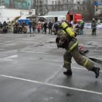 бег с пожарным шлангом