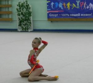 очень гибкая гимнастка