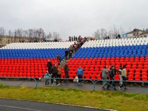 участники пробега штурмуют Центральный стадион